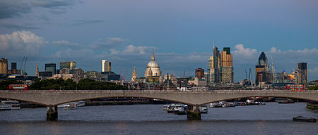 City_of_London_skyline_at_dusk